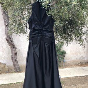 NWOT Tadashi Shoji Black Dress Front Gown, Size 8